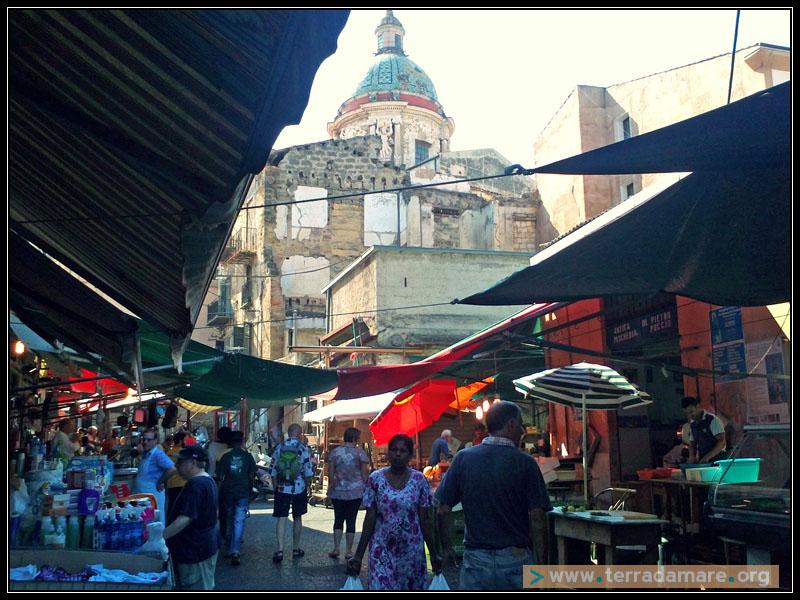 Camminando per Ballarò: racconti di una città