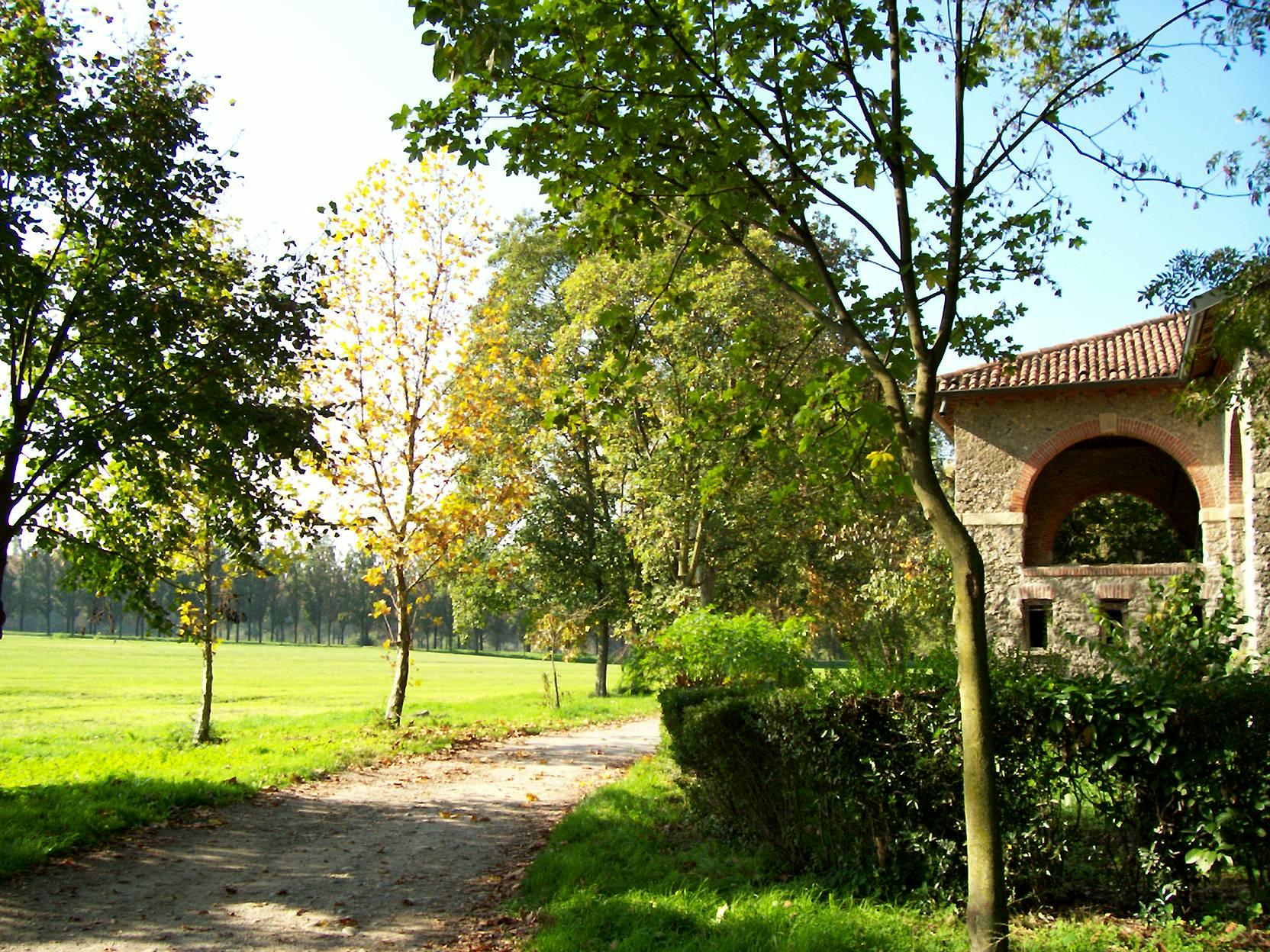 Passeggiata accessibile a Monza tra natura e arte